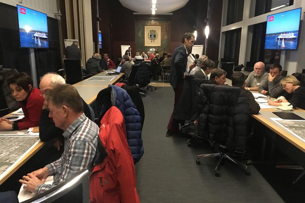 """Réunion de travail du 6 février avec 40 membres de la commission extra-municipale pour la démarche de concertation """"Ambitions maritimes"""" de Saint-Nazaire"""